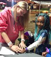 Montgomery Catholic Students Offer Scares and Treats at Zoo Boo 2