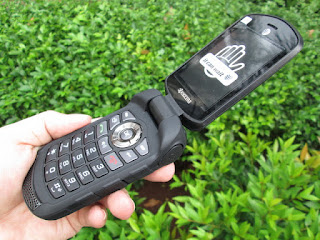 Hape Outdoor Kyocera DuraXE E4710 4G IP68 Military Spec