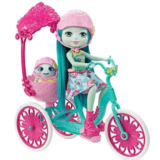 La poupée taylee enchantimals