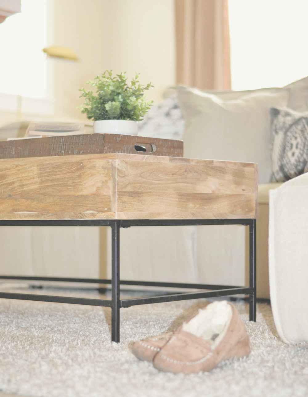 mango wood and metal coffee table