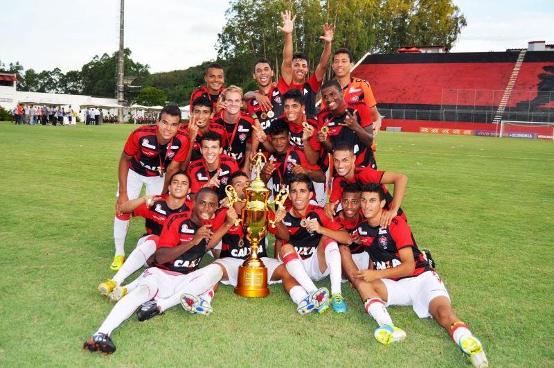 Salvador 2 x 3 Vitória Vitória 13 x 0 Lauro de Freitas Bahia de Feira 1 x 3 Vitória  Vitória 3 x 0 Bahia de Feira Galícia 0 x 1 Vitória Vitória 6 x 0 Galícia 9bb805e60e626