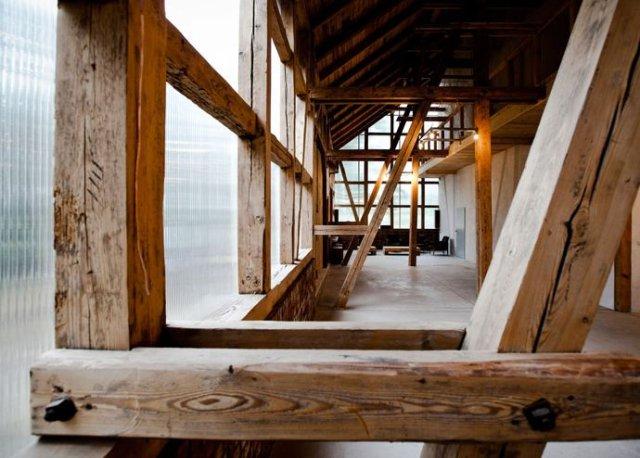 stodoła na mazowszu wnętrze