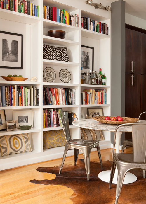 Back On Festive Road: Bookcase Inspiration