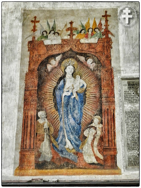 FENETRANGE (57) - Fresque de la Vierge à l'Enfant (Fin XVe siècle)