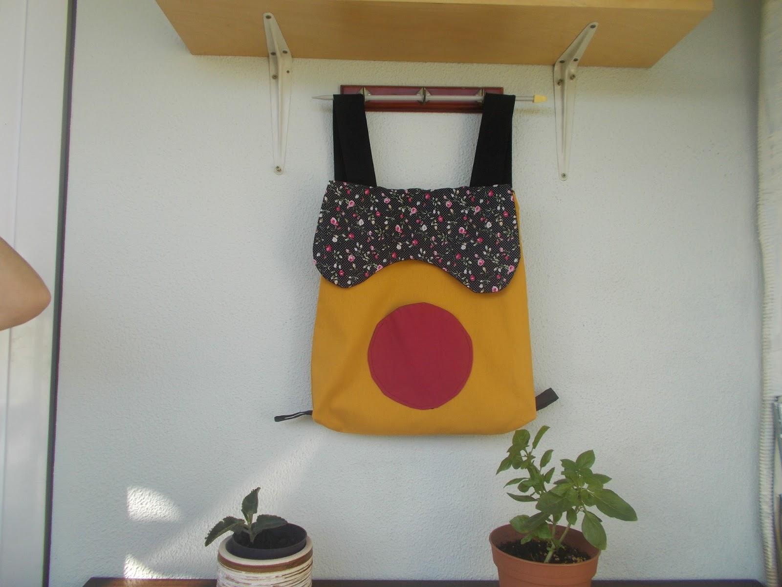 933420783e 5. καλοκαιρινή τσάντα πλάτης υφασμάτινη με εξωτερική τσέπη διαστάσεις  40χ40