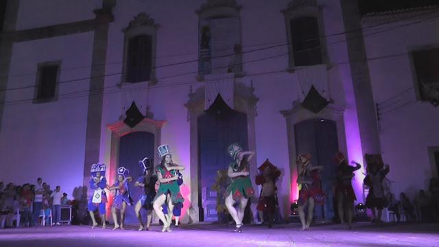 Balé Popular do Recife em grande espetáculo em Goiana