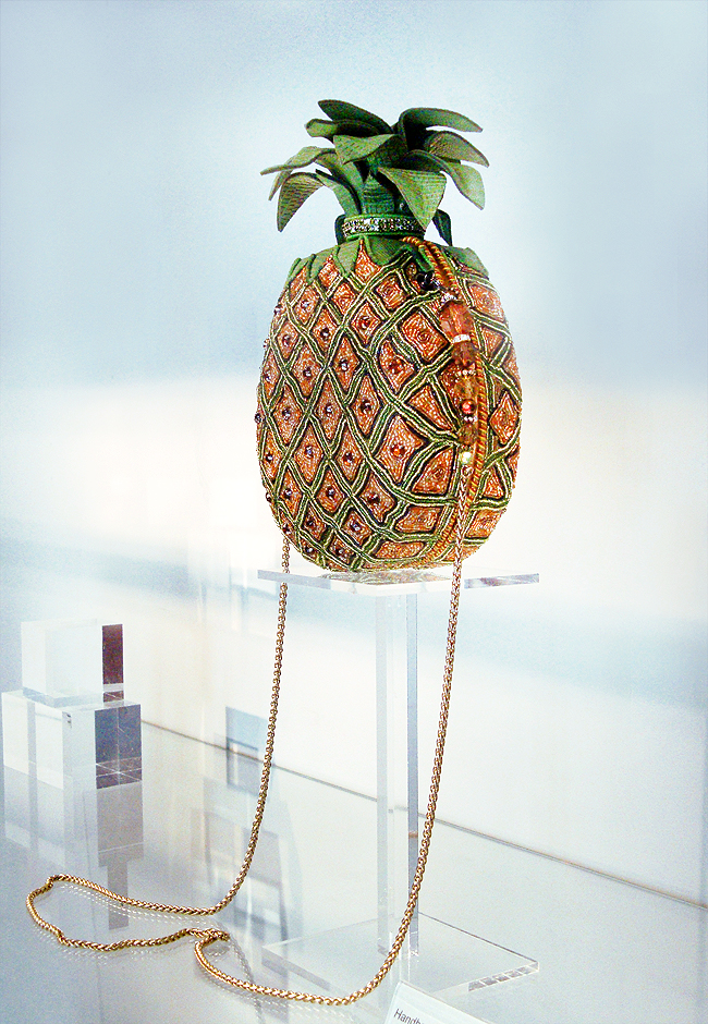 Mary Frances, pineapple bag, Museum of bags and purses amsterdam