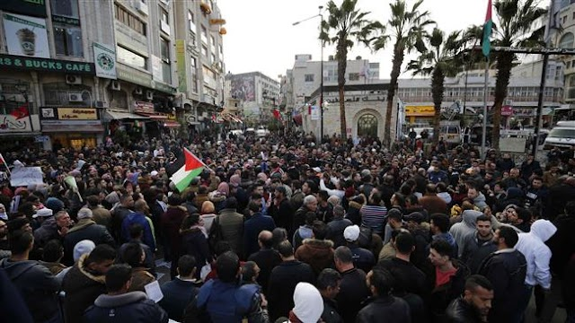 Hundreds of Palestinians protest against Palestinian Authority police brutality in Ramallah