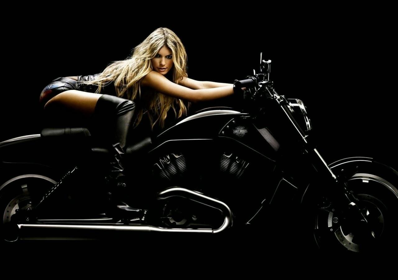 Harley Davidson sexy girl