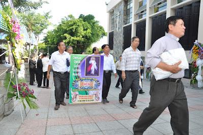 GP Bà Rịa: Thánh lễ an táng Cha Cố Phêrô Nguyễn Văn Giản - Ảnh minh hoạ 6