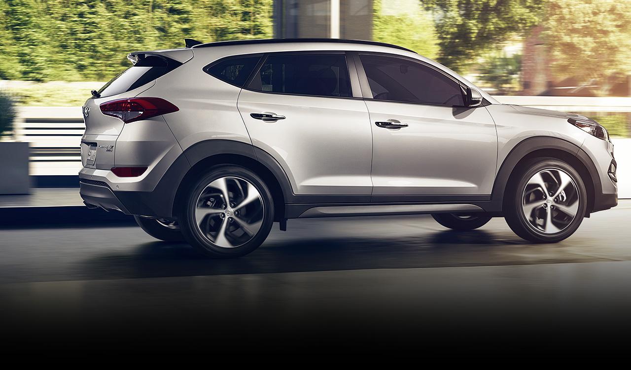 Sức mạnh của xe vừa phải, khả năng tiết kiệm nhiên liệu đáng nể
