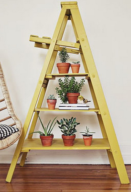 Ideas for decorating with old wooden ladders 1