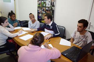 O curso é ministrado por servidores da Secretaria de Trabalho e acontece segundas, quartas e sextas