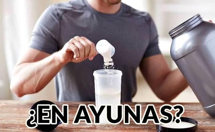 Hombres y mujeres pueden tomar batidos de proteínas en ayunas