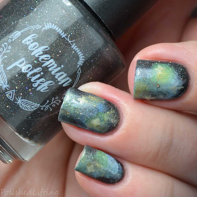 galaxy themed nail art