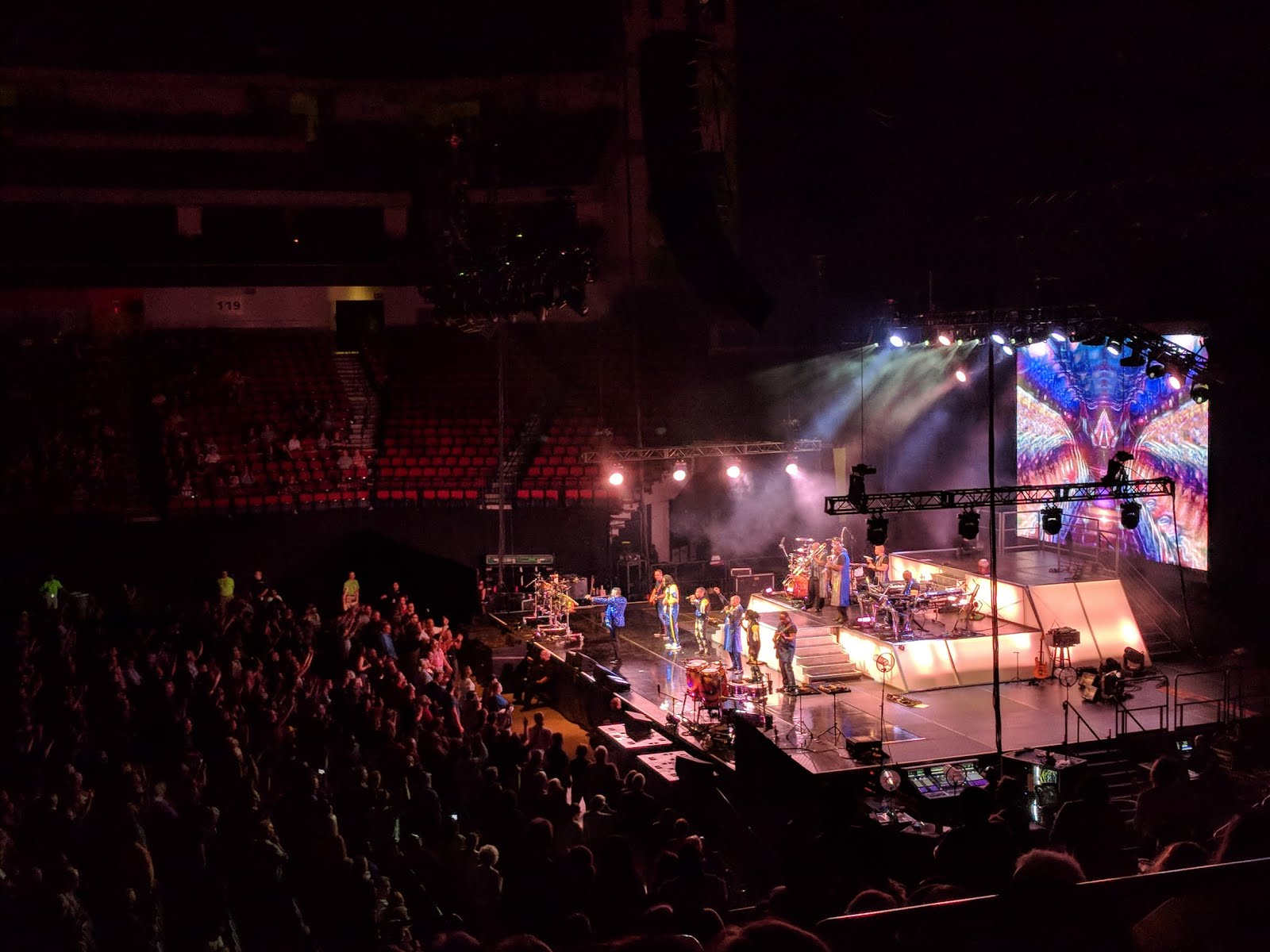 Earth Wind & Fire concert funk big band brass vocal guitar show