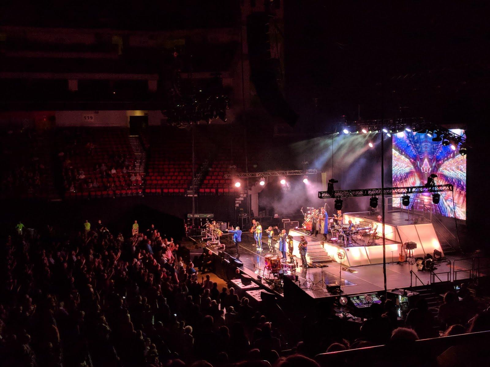 Earth Wind & Fire concert funk big band brass vocal guitar show