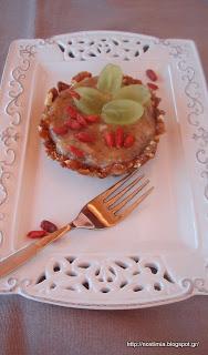Ωμοφαγική τάρτα φρούτων