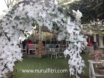 http://www.nurulfitri.com/2017/01/le-delice-cafe-bandung.html