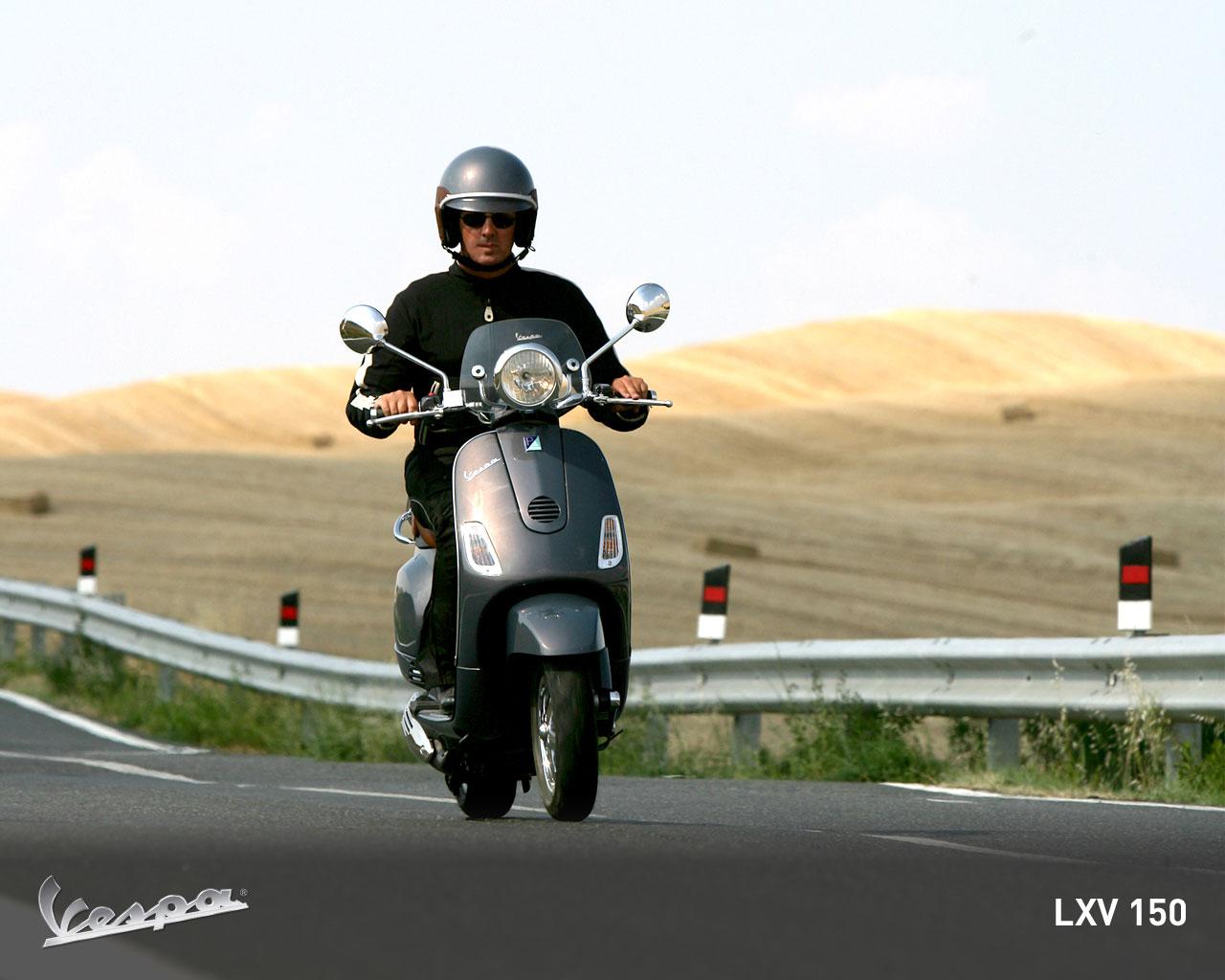 Vespa LXV 150 i.e. ~ Vespa Scooters
