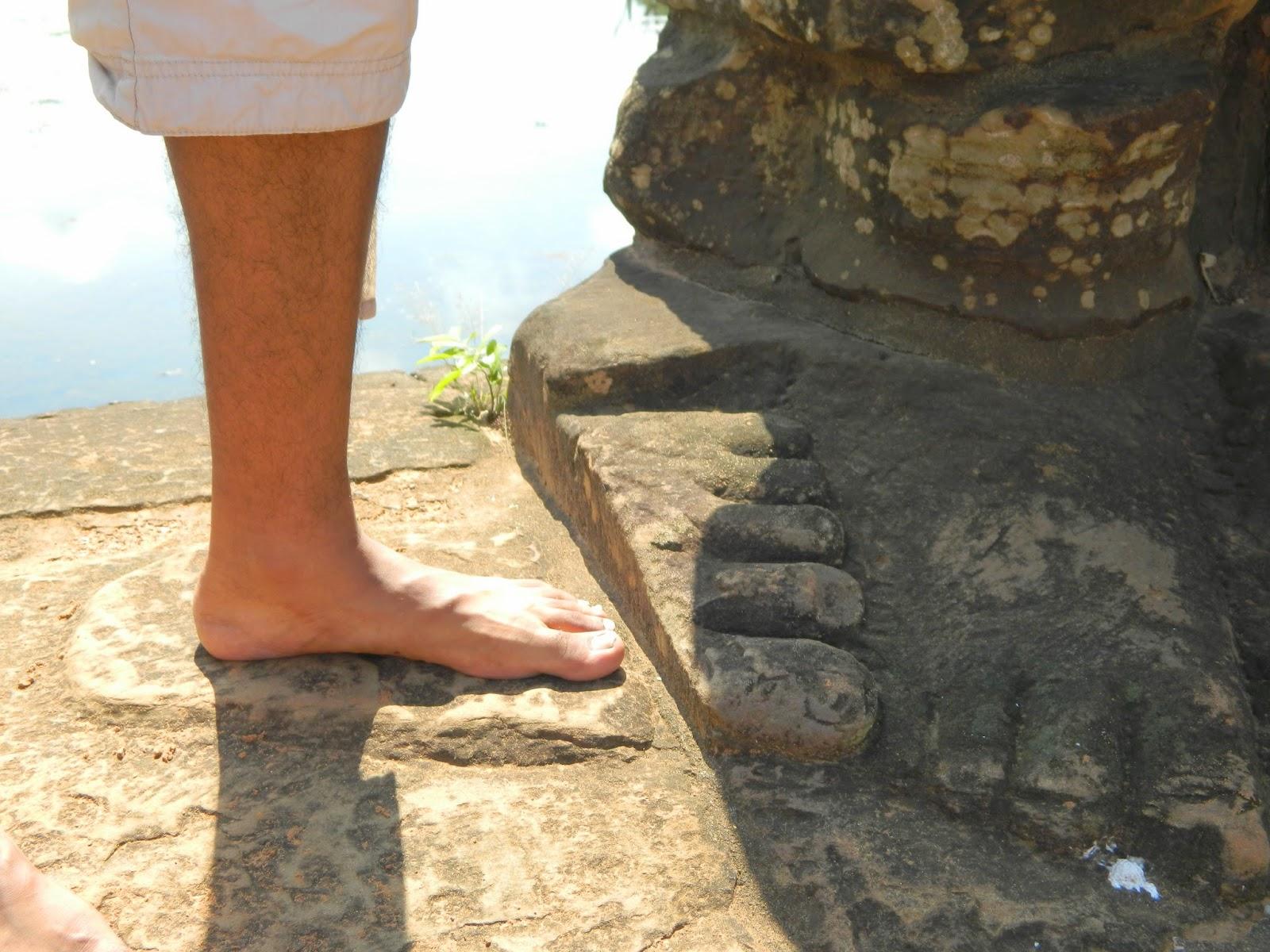 huge footprint at Bayon Temple