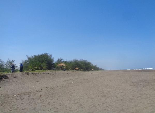 Bibir Pantai Sawangan