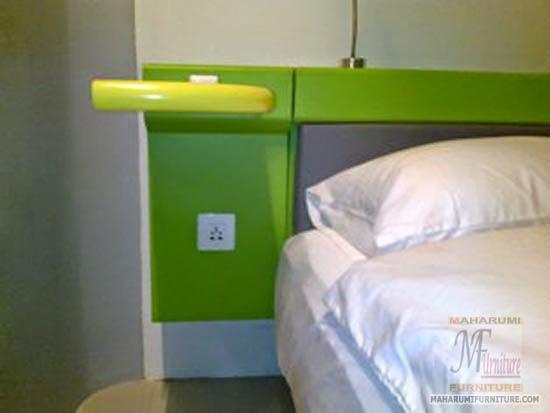 Projects Hotel Pop Tebet Jakarta: Ambalan Nackas Samping Bed Frame/Tempat Tidur Finishing Cat Duco View Interior Kamar Kamar Hotel