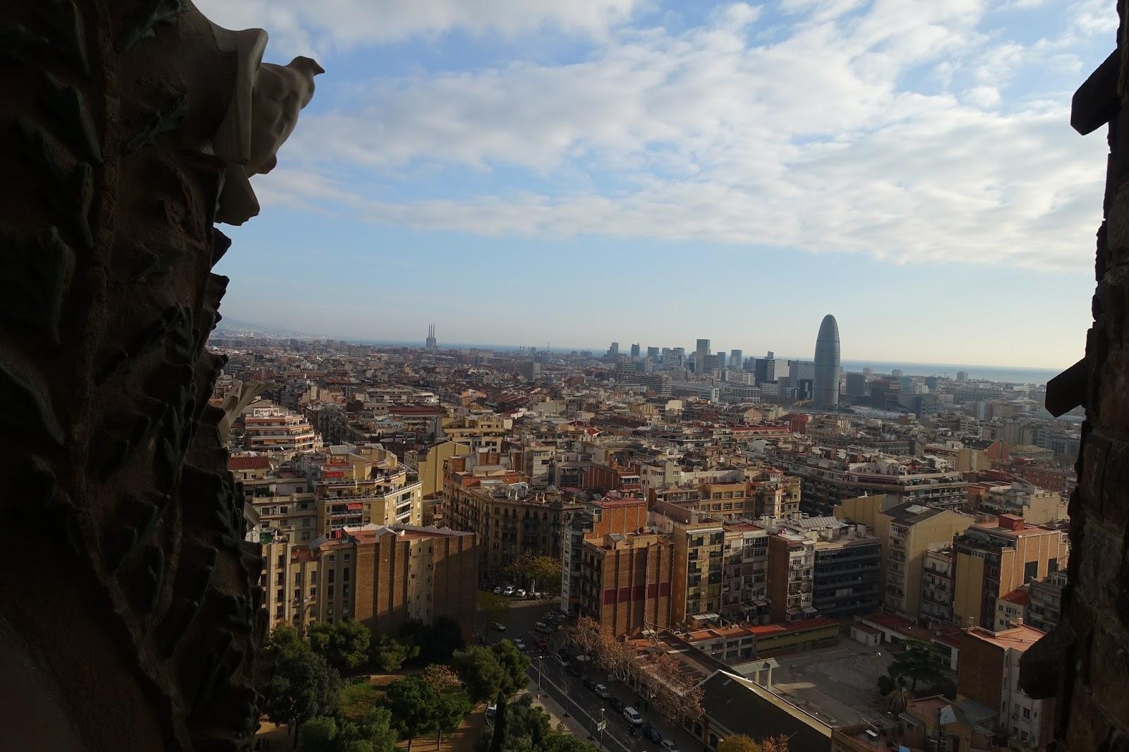 サグラダ・ファミリア (Sagrada Familia) トーレ・アグバール