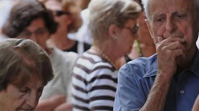 Cambiemos mete la mano en la plata de los jubilados para pagar deuda