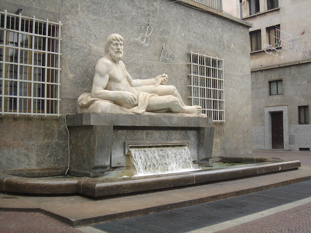 Immagine fontana del Po