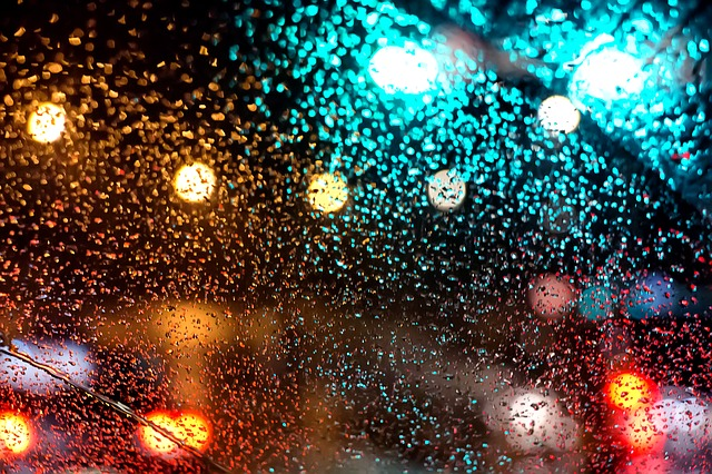 ventana de auto empañada