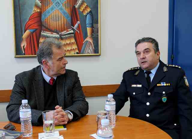 Ανανεωση Τωρα - Επίσκεψη Στην Αστυνομική Διεύθυνση Πιερίας - Η Καθημερινή Ενημέρωση Για Την Κατερίνη Και Την Πιερία - Ολύμπιο Βήμα
