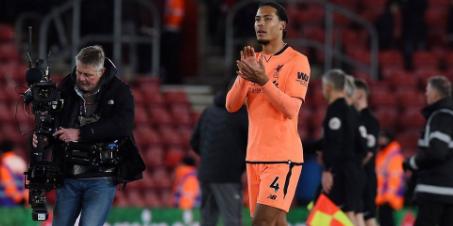 AGEN BOLA -  Walau Dicemooh, Van Dijk Nikmati Kembali pada Southampton