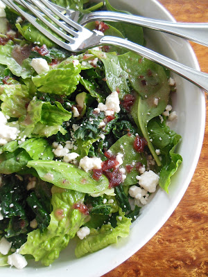 Tangy Cranberry Thyme Vinaigrette, party of our December blitz of recipes!