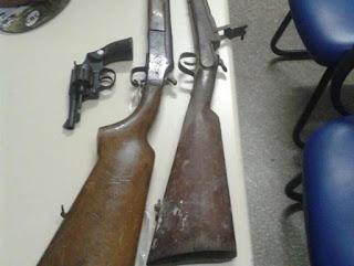 Polícia apreende armas de fogo