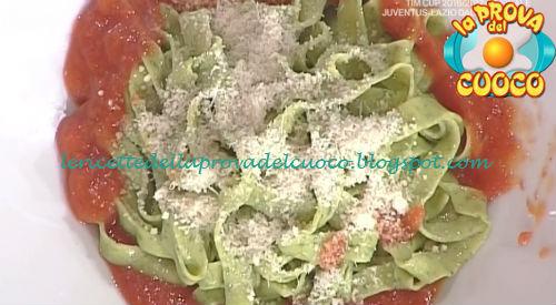 Tagliatelle di basilico con sugo di pomodoro ricetta Moroni da Prova del Cuoco