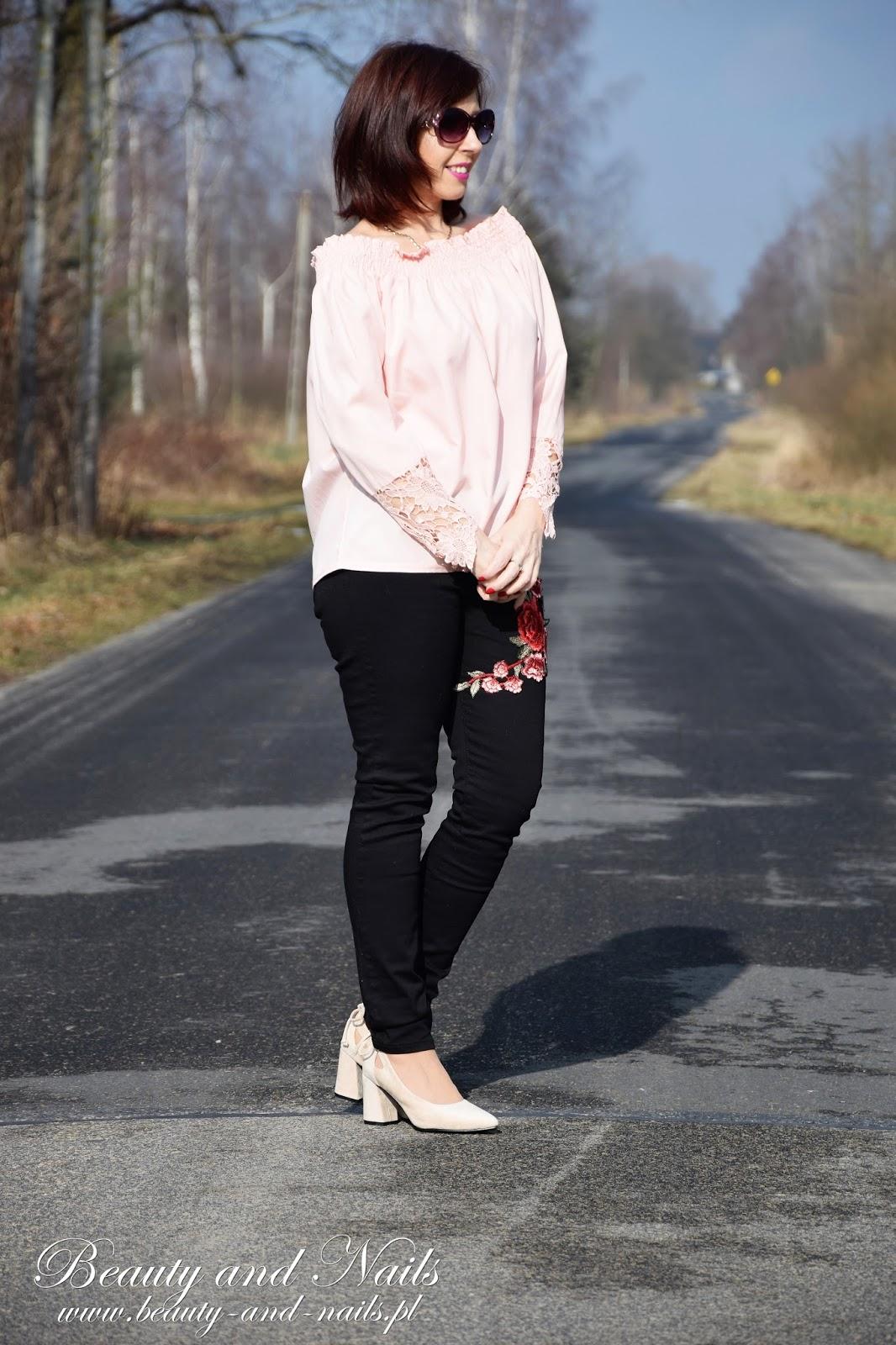 580cc92941deae Beauty and Nails: ZAFUL | czarne dżinsy i różowa hiszpanka.