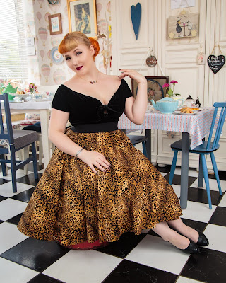 pinup skirts, vintage pinup wear, how to dress like a pinup girl, pinup shop,