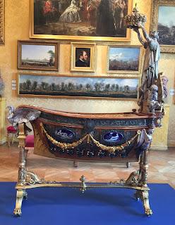 Paris Carnavalet Museum Crib