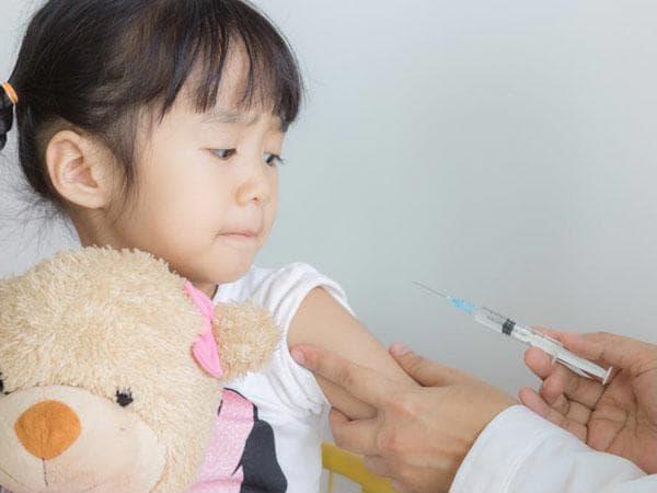 Bác sĩ Nhi giải thích nguyên nhân trẻ hay bị viêm hô hấp và cách tăng cường hệ miễn dịch - Ảnh 2