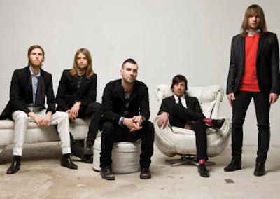 Lirik Lagu Maroon 5 - Payphone