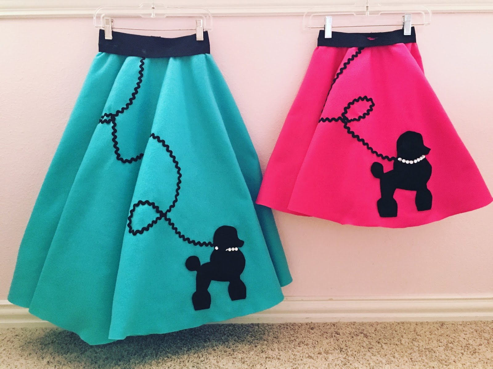 & Crafty Texas Girls: DIY Poodle Skirt