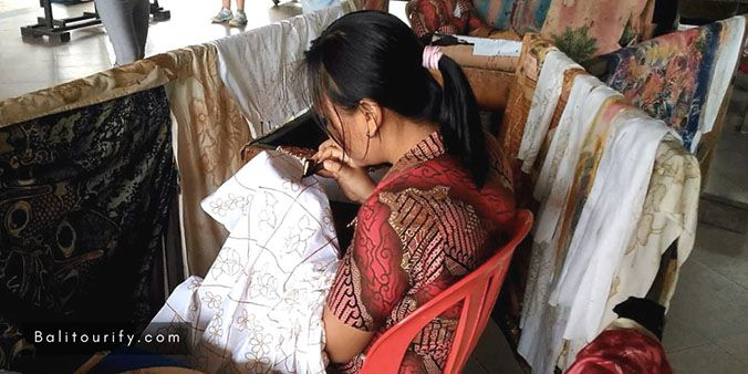 Tohpati Village - Traditional Batik Fabrics, Denpasar City Tour - Half Day Bali City Sightseeing Tours, Bali Tours and Activities, Bali Day Trips Itinerary, Bali Driver Hire
