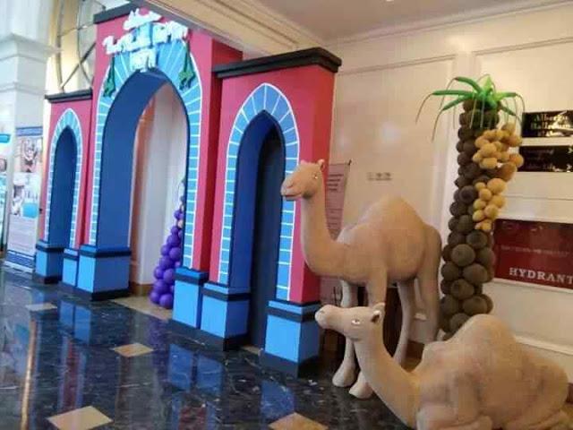 Dekorasi gate bentuk masjid, unta, balon pohon kurma, bedug tema ramadhan saat bulan puasa sampai hari raya lebaran idul fitri di gedung kantor, mall, dan hotel.