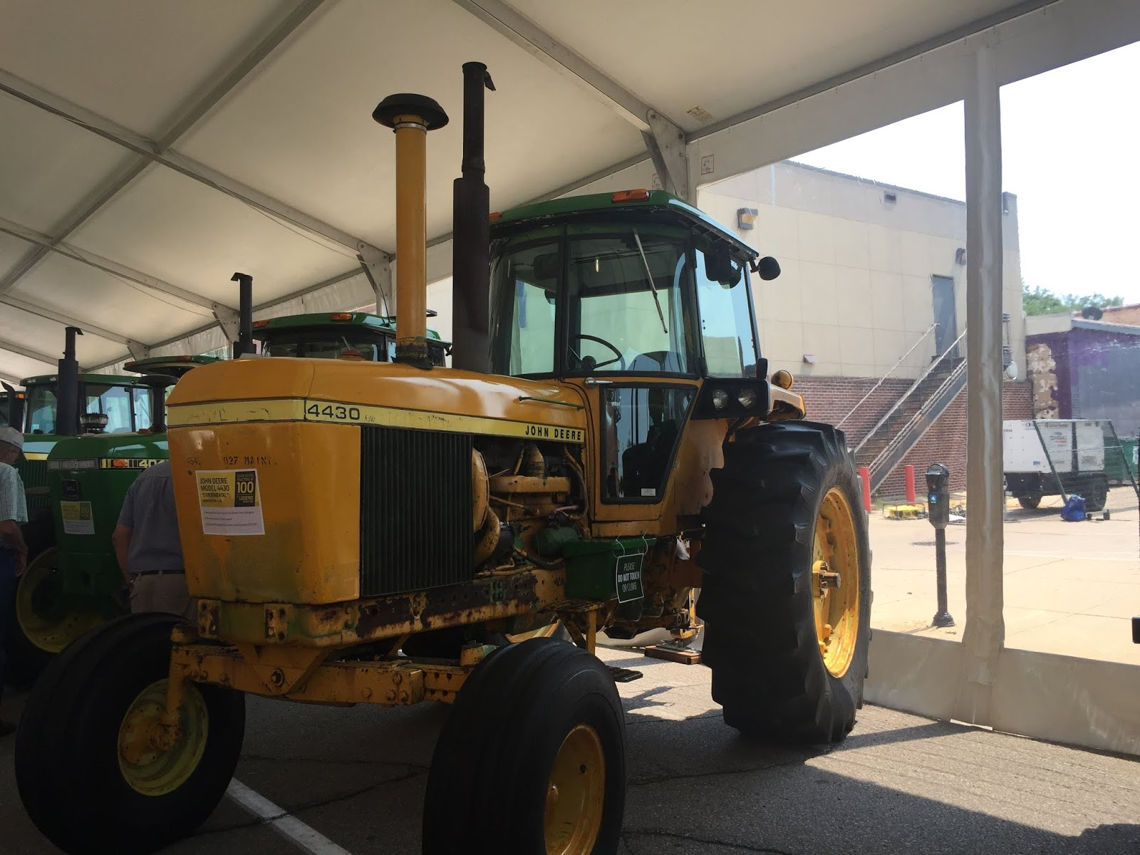 John Deere Tech Calmar 2018 2020 Wiring Harness So It Is A Prototype 4430 Has 404t With Stanadyne Pump Maybe 4320 Engine An 8 Speed Powershift Does Not Have Door By The Brake