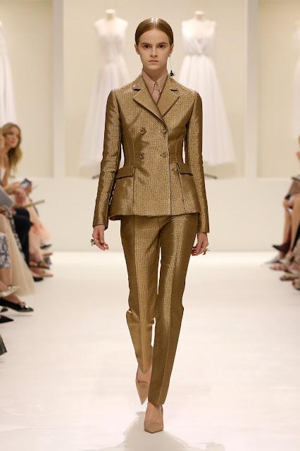 calça dourada