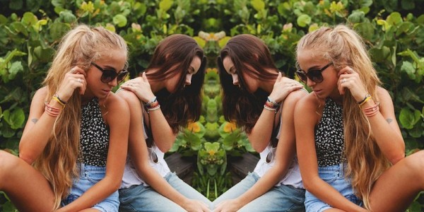 5 Signs Your 'Best Friend Forever' Is Actually A Fake Friend