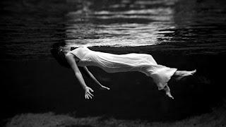 Significado de los Sueños: Soñar que te Ahogas en el Mar
