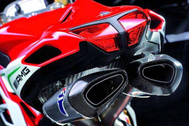 MV Agusta F4 RC 2015 - Persis Ferrari Dua Roda