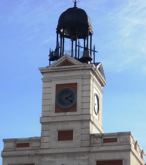 Reloj de la puerta del sol campanadas de losada cosas for Que es la puerta del sol en madrid